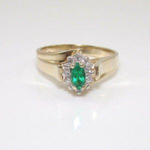10K Gold Natrl Emerald Diamond Halo Ring Size 6.75